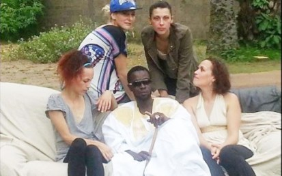 senegalais-epouse-4-femmes-blanches-pere-17-enfants-jewanda.jpg